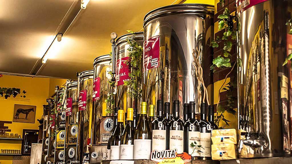 Botti di vino sfuso